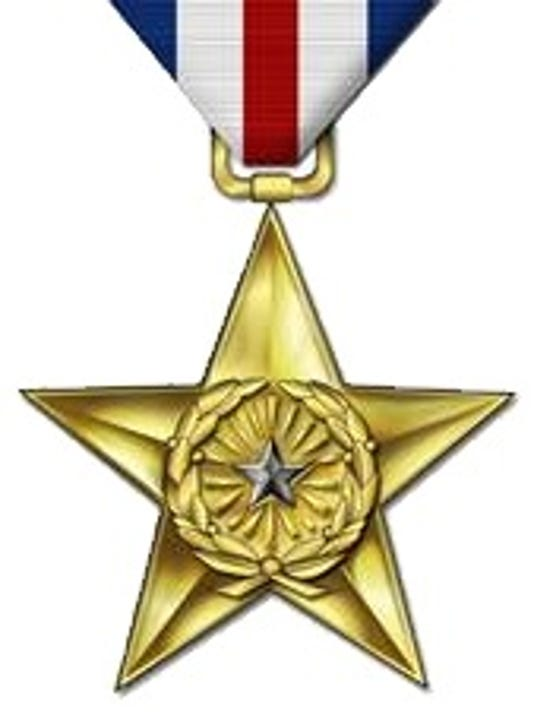 635514620114011765-Silver-Star-medal