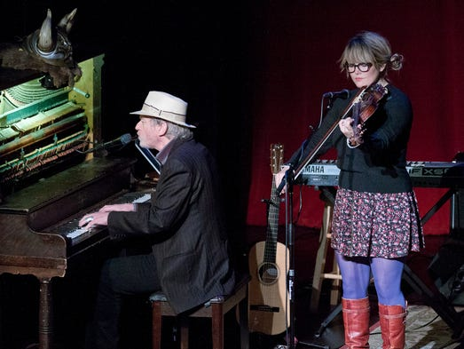 Jonathan Reilly and Sara Watkins perform at the second