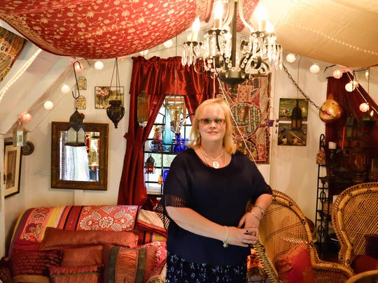 Mary Nell of Bloomington, Ind., at She Shed No. 32.