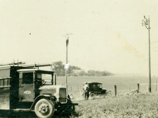#2 221-42-1 Stringing Electric Line 1927 Old Green Bay Road North of Howar