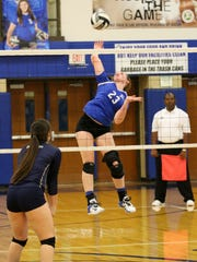 Chillicothe's Sophie Fulkerson hits against Teays Valley