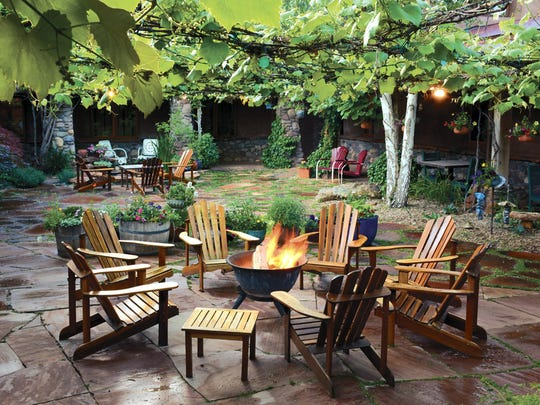 The courtyard at El Portal Sedona Hotel is part of