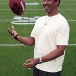 Legendary Detroit Lions tight end Charlie Sanders has died. He was 68.