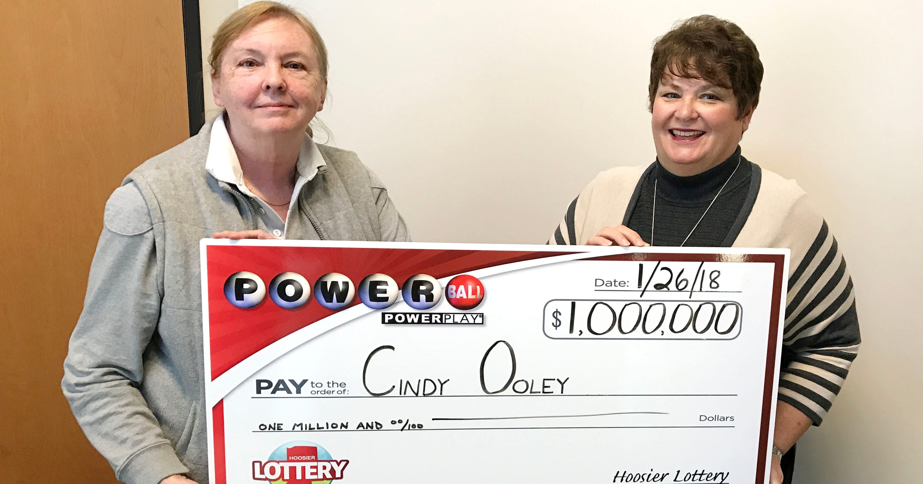 Powerball payout stuns Indiana couple at Hoosier Lottery office