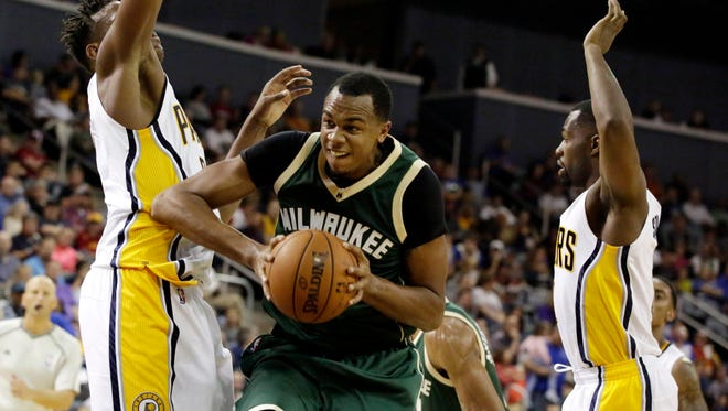John Henson is scheduled to start for the Bucks on Saturday when they host the Memphis Grizzlies.