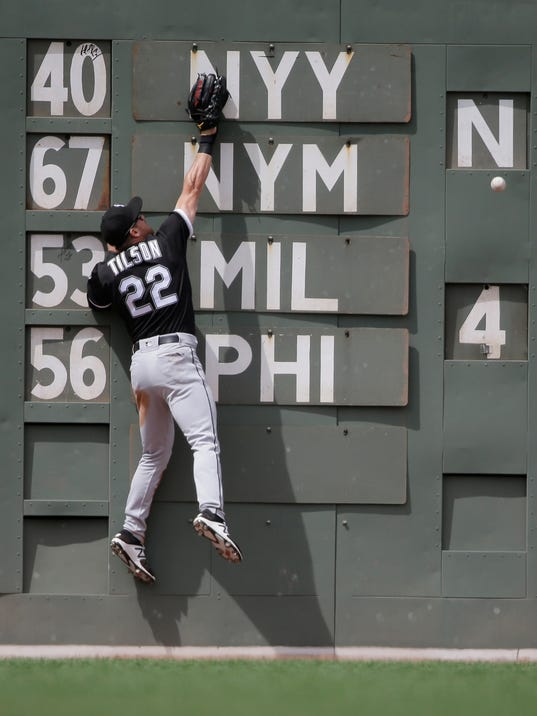 White_Sox_Red_Sox_Baseball_37568.jpg