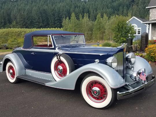 1934 Packard 1101 Cabriolet
