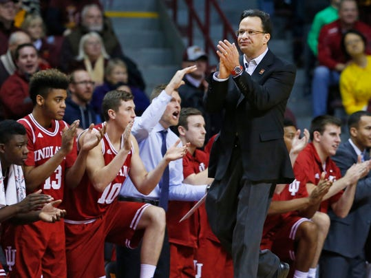 Indiana head coach Tom Crean applauds his team late in the second half of an NCAA college basketball game as they went on to beat Minnesota 70-63, Saturday, Jan. 16, 2016, in Minneapolis. (AP Photo/Jim Mone)