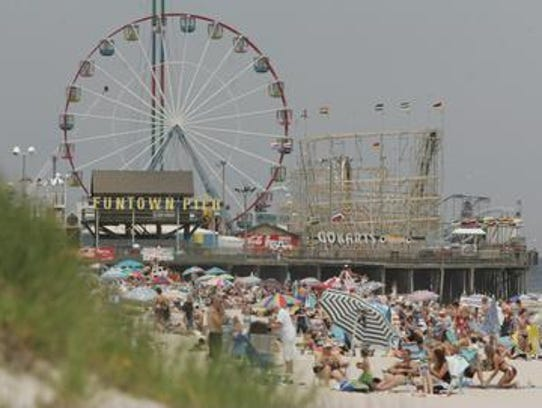 The Ferris Wheel at Funtown Pier in the summer of 2006.