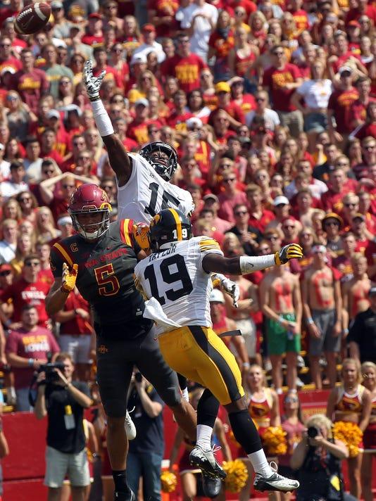 636405715682954051-170909-17-Iowa-vs-ISU-football-ds.jpg