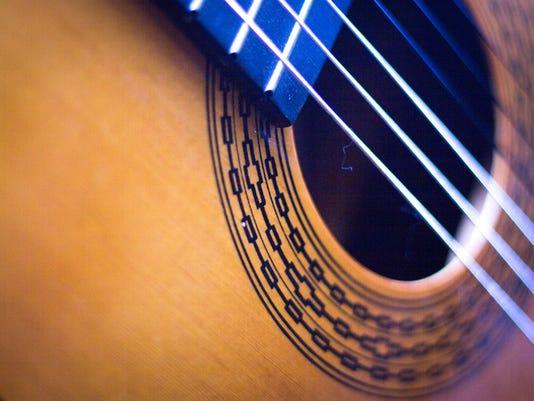 #ARNgenEnt-live-music-guitar