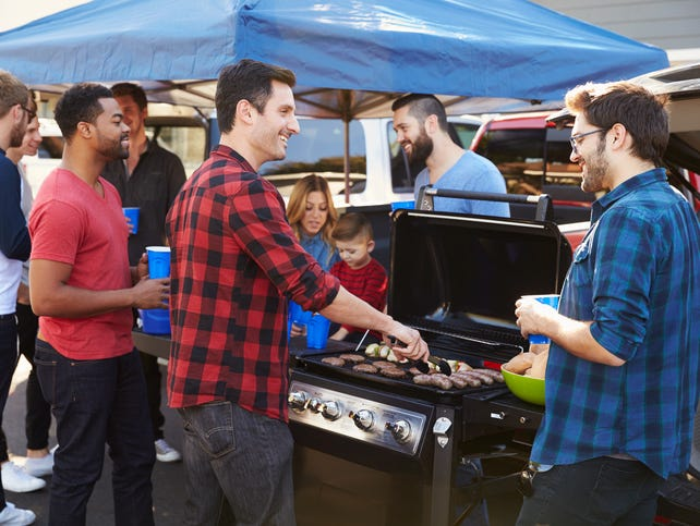 Think you know all there is about tailgating?  Check out the Dos & Don'ts to see how it stacks up to your style.