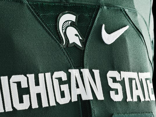 635654380470193353-150320-Nike-Michigan-State-home-3527