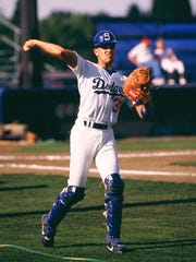 Mike Piazza warms up before a Salem Dodgers game during the 1989 season at Chemeketa Field.