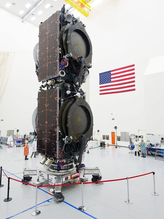 EUTELSAT_115_West_B_mated.jpg