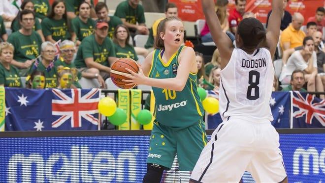 10 Samantha Simons (AUS) - USA v Australia, FIBA U17 Women's World Championship, Zaragoza - C.D.M. Siglo XXI (Spain), Semi-Finals, 1 July 2016