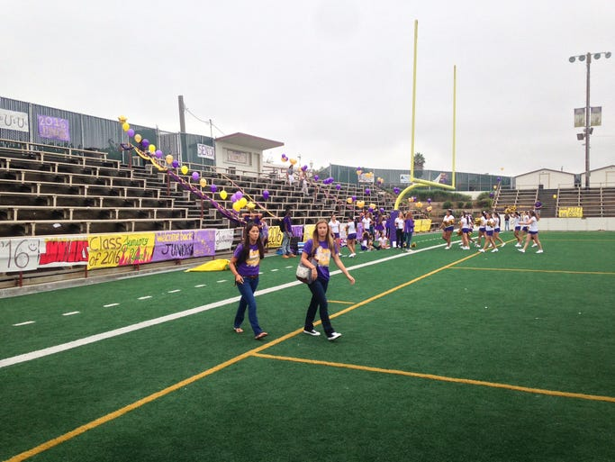 Students prepare the welcome ceremony for freshmen the first day of school, August 6, 2014, at Salinas High School.
