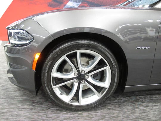 The 2015 Dodge Charger R/T has nine design options for the wheel well. Pictured are the 20-inch polished aluminum wheels with black pockets and satin finish.