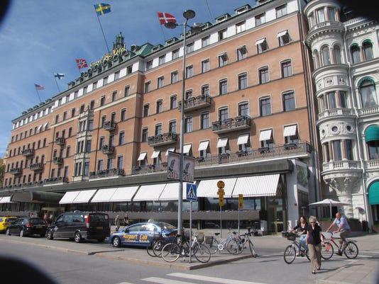 XXX STOCKHOLM LARSSEN   03379.JPG A TRVL  FEA