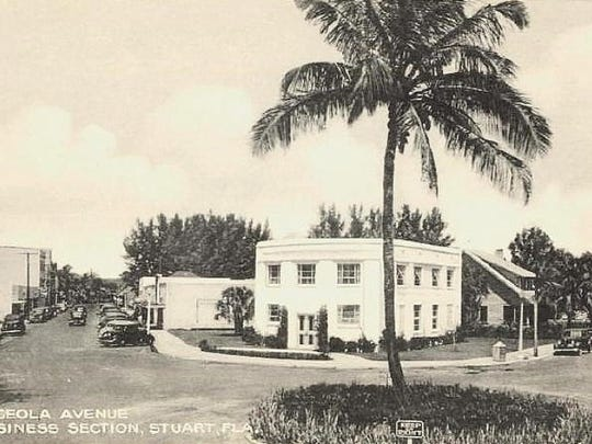 Citizens Bank in its new building at Colorado Avenue and Osceola Street in 1940