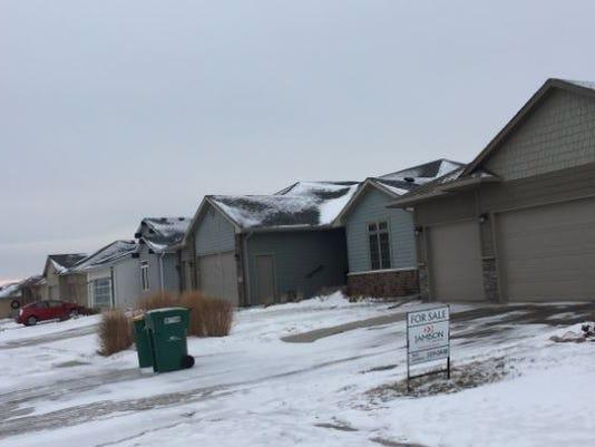 636195794403115765-houses.JPG