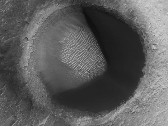 This image from NASA's Mars Reconnaissance Orbiter