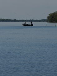 Post crescent media for Green lake wi fishing