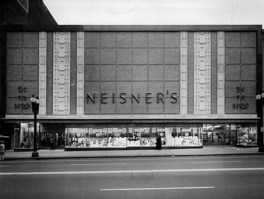 -Neisers in 1949.jpg
