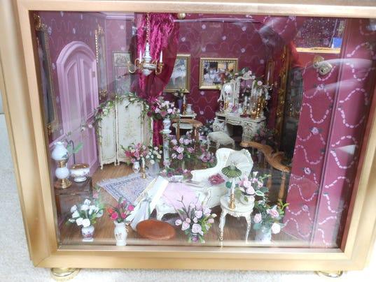 636123129126262289-Christine-s-dressing-room.jpg