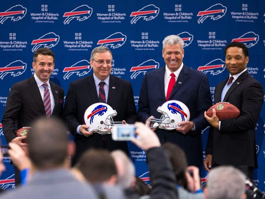 ORCHARD PARK, NY - JANUARY 14: (L to R) Buffalo Bills