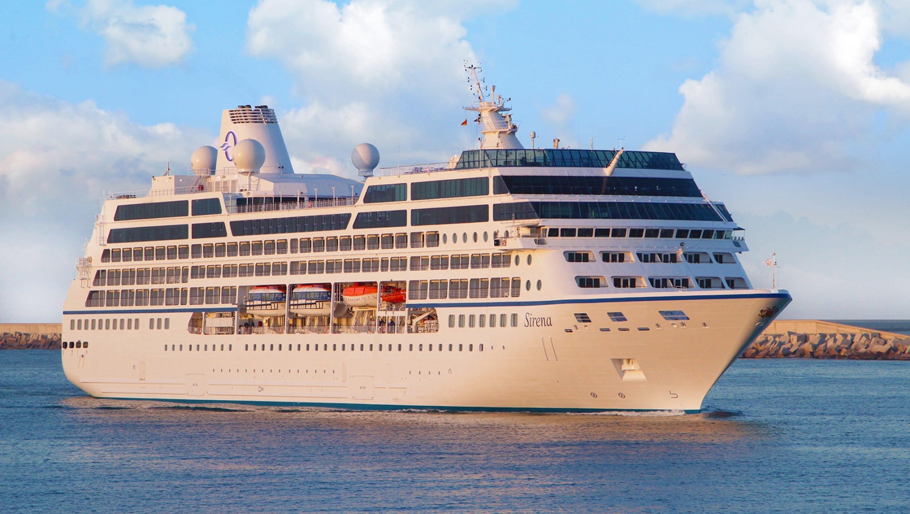 Cruise ship tours: Oceania Cruises' Sirena