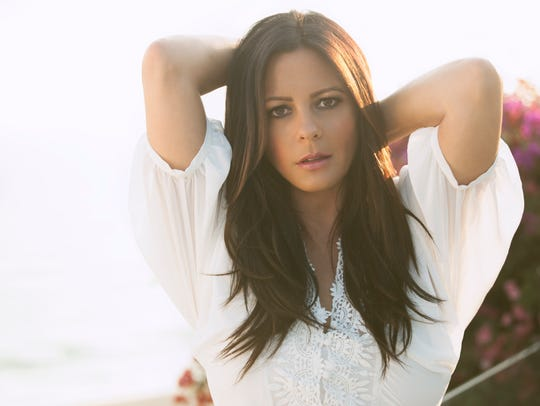 """Sara Evans brings her """"At Christmas"""" tour to Pensacola on Friday."""