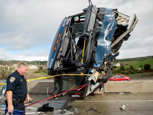 APTOPIX Fatal Bus Acc_Vazq