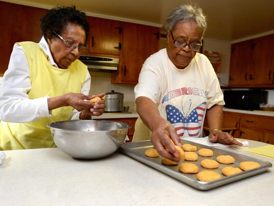 Ardella Ballard, 98, of Dublin, Md., and her daughter,
