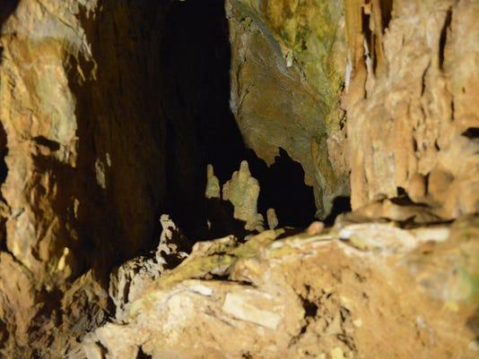 Grand Caverns 66964 MT.JPG