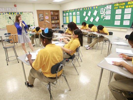 -10_teachers.jpg_20130531.jpg