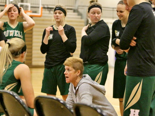 Howell COach Lisa Pawelski talks to her players in the last few moments of t.jpg