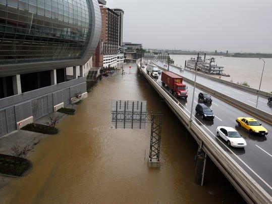 _OHIO RIVER FLOODING.jpg