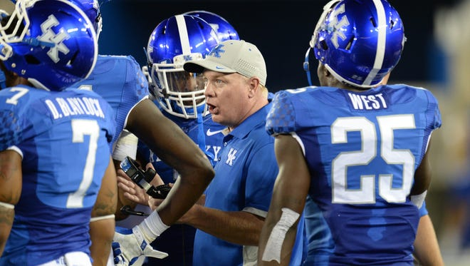 UK head coach Mark Stoops during the first half of the University of Kentucky football game against Louisiana-Lafayette at Commonwealth Stadium in Lexington, Ky., on Saturday, September 5, 2015.