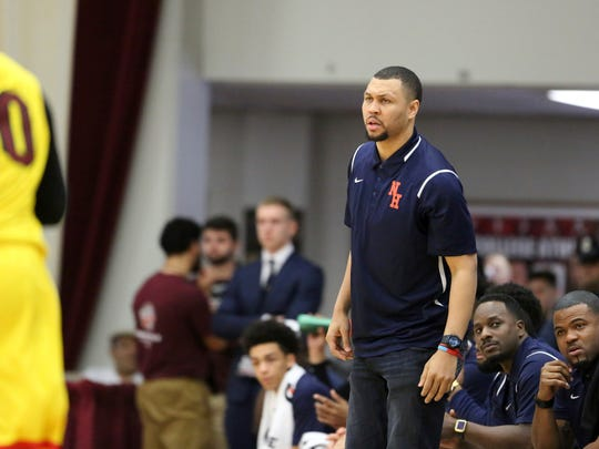 Nathan Hale coach Brandon Roy, a former University of Washington star and the 2007 NBA Rookie of the Year with Portland, is seen against Oak Hill Academy (Va.) during the 2017 Hoophall Classic last week in Springfield, Mass.