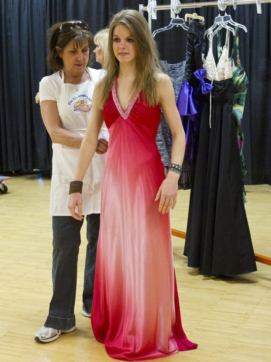 Free Prom Dresses For Phoenix Area Teens