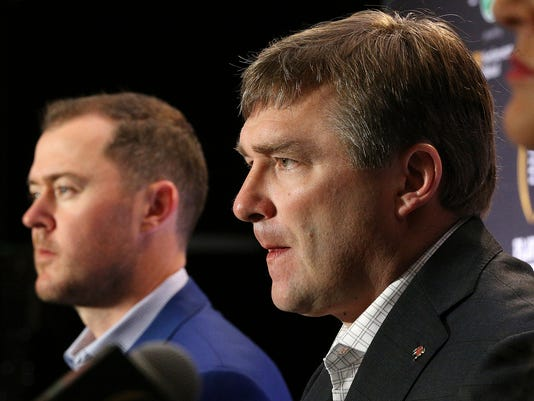 Georgia coach Kirby Smart, right, and Oklahoma coach Lincoln Riley take questions during a Rose Bowl news conference Sunday, Dec. 31, 2017, in Los Angeles. Georgia plays Oklahoma on Monday in a College Football Playoff semifinal. (Curtis Compton/Atlanta Journal-Constitution via AP)