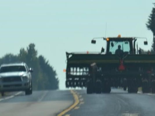 KEW 0830 Tractor.jpg