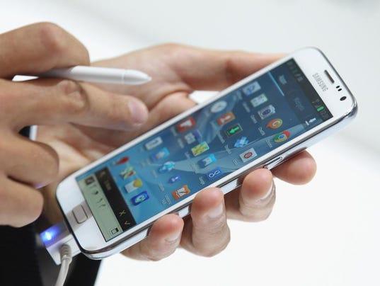 cellphonesamsunggalaxynoteiigetty12gallup.jpg