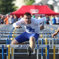 Oak Creek boys handle field at track sectional, led by Carter's three-jump performance