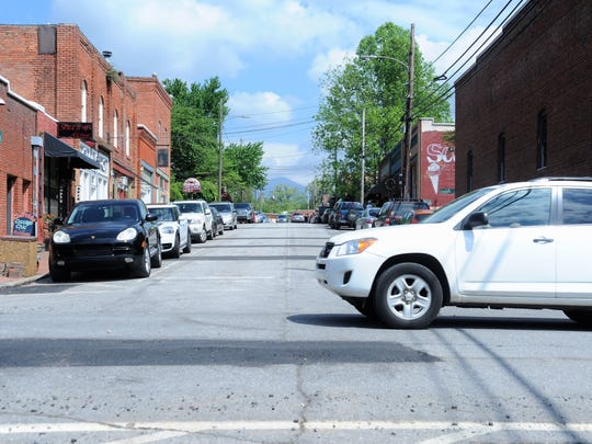 A traffic study has found that overall, Black Mountain's downtown parking is sufficient, but there is a lack of perceived convenient parking. Many street spaces are taken by business owners and workers, leaving patrons to park elsewhere.