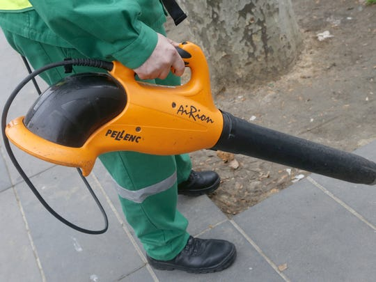 After first considering a ban on gas-powered leaf blowers, Palm Springs will now consider banning all types — even electric.
