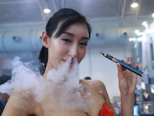 CHINA-ECONOMY-VAPE-EXPO