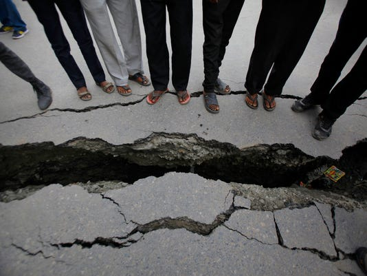 Nepal Earthquake Econ_Desk.jpg