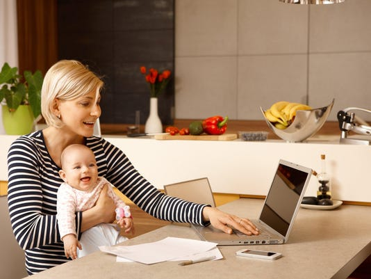Maternity leave and work: How much should parents disconnect?